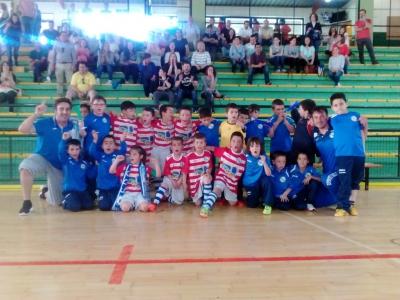 Os Prebenxamins campions da Copa da Liga e semifinalistas no provincial disputado en Celanova.